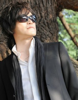 X JAPAN TOSHI .jpeg